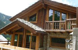 Residential for sale in Aosta Valley. Chalet – Courmayeur, Aosta Valley, Italy