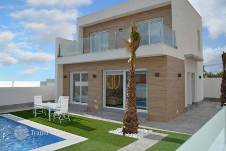 3 bedroom houses for sale in Murcia. 3 bedroom villas with private pool and garden, solarium and summer dining area in San Pedro del Pinatar