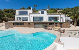 Close to Cannes — Modern villa for 2,270,000 €