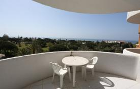 Cheap property for sale in Marbella. Studio apartment in need of refurbishment — lovely little project on the beachside of Marbesa. Ideal for summer renatals.