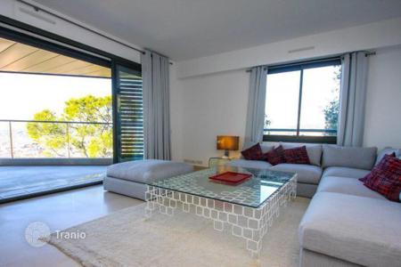 Property for sale in Mont Boron. Delightful apartment with panoramic sea views in Nice