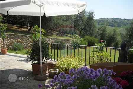 Property for sale in Montespertoli. A lovely property in Chianti area!