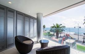4 bedroom apartments for sale in Valencia. Luxury penthouse with four bedrooms on the first line from the sea, Torrevieja, Spain