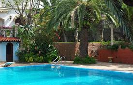 Villas and houses to rent in Sicily. Villa Alcantara