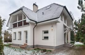 Houses with pools for sale in Prague. Townhome – Prague, Czech Republic