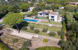 Residential for sale in Grimaud. Luxury contemporary property in the heart of the gated and unspoilt estate of Beauvallon. préservé de Beauvallon.