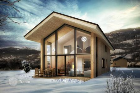 5 bedroom houses for sale in Austria. Chalet in the Austrian Alps
