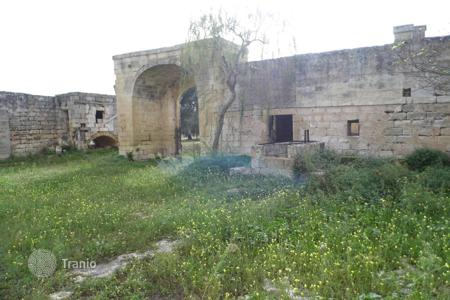 Land for sale in Italy. Spacious farm with citrus grove, Acquarica di Lecce, Italy