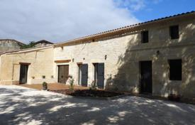 Property for sale in Gironde. Villa – Gironde, France