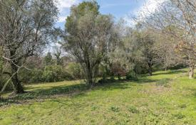 Close to Saint-Paul de Vence — Plot of land within a domain for 375,000 €