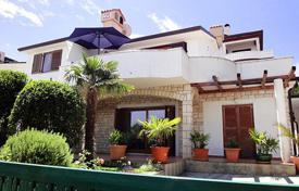 5 bedroom houses by the sea for sale in Croatia. Detached house – Umag, Istria County, Croatia