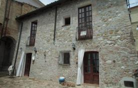 Property for sale in Abruzzo. Traditional 2 bedroom stone house with garden only 5 mins. from the beach
