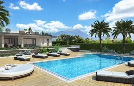 Residential for sale in Manerba del Garda. Contemporary villa with lake view and swimming pool, in Manerba del Garda, Italy