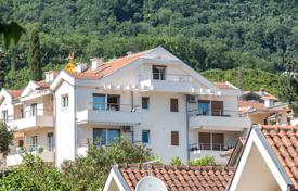 Apartments with pools for sale in Montenegro. Apartment – Denovici, Herceg-Novi, Montenegro