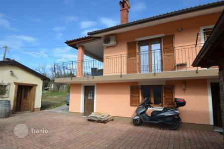 Off-plan houses for sale in Koper. Townhome – Koper, Obalno-Cabinet, Slovenia