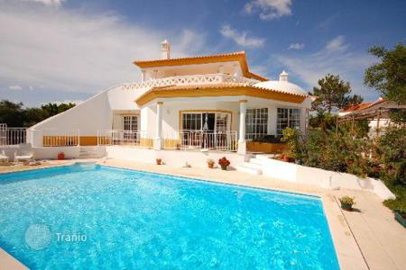 4 bedroom houses for sale in Albufeira. Villa – Albufeira, Faro, Portugal