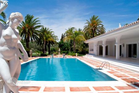 Villas and houses to rent in Costa del Sol. Villa – Marbella, Andalusia, Spain