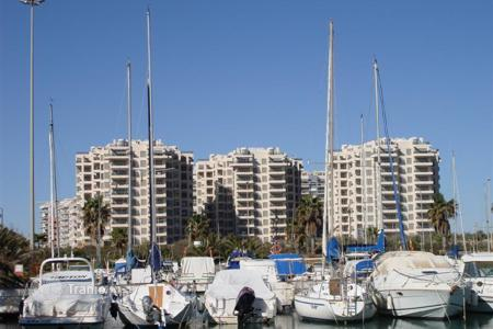 Foreclosed 2 bedroom apartments for sale in Valencia. Comfortable apartment with sea view, Guardamar del Segura, Spain