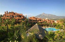 1 bedroom apartments for sale in Costa del Sol. One-bedroom corner apartment in Puerto Banus, Andalusia, Spain