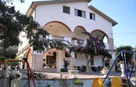 Residential for sale in Penne. Mansion – Penne, Abruzzo, Italy
