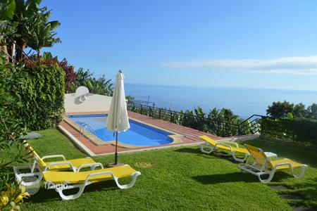 Property for sale in Madeira. Two bedroom apartment for sale in Arco da Calheta