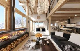 Property for sale in Moûtiers. Spacious alpine chalet in a popular ski village, next to the ski slopes, Saint-Martin-de-Belleville, Alpes, France