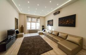 Apartments for sale in Hungary. Spacious renovated one-bedroom apartment, Budapest, Hungary
