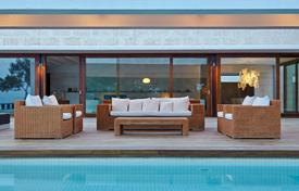 Luxury houses with pools for sale in Spain. A luxury property close to Aguas Blancas