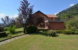 Modern villa with a terrace, a guest apartment and lake views, Stresa, Piedmont, Italy for 890,000 €