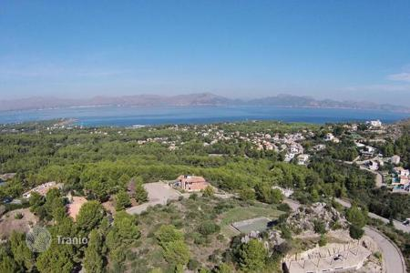 Development land for sale in Majorca (Mallorca). Large plot with a panoramic sea view, Alcudia, Mallorca, Spain