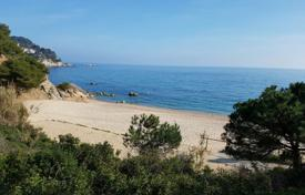 Cheap development land for sale in Catalonia. Development land – Tossa de Mar, Catalonia, Spain