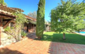 Luxury 5 bedroom houses for sale in Muan-Sarthe. Charming Provençal Country House — Swimming Pool And Large Plot Of Land