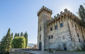 Chateaux for sale in Italy. The medieval castle with a huge parkland in the heart of Tuscany