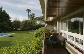 2 bedroom apartments by the sea for sale in Costa del Maresme. Flat for sale in Premià de Dalt