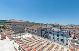Property for sale in Tarquinia. Apartment with terraces on the penthouse floor of a building in Campo de'Fiori