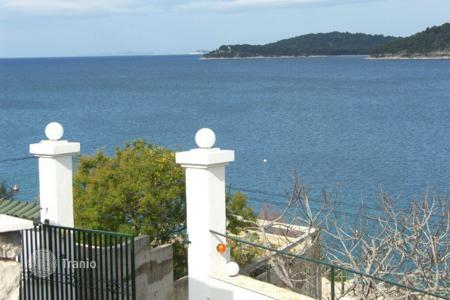 Property for sale in Sibenik-Knin. Seafront Villa in Rogoznica