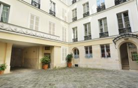 1 bedroom apartments for sale in Paris. Paris 6th District – A charming pied a terre