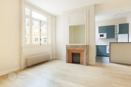 Property for sale in Neuilly-sur-Seine. Neuilly — Pasteur