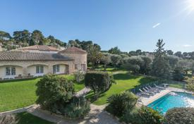 Cap d'Antibes — Charming provencal villa for 5,000,000 €