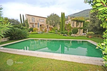 6 bedroom houses for sale in Vence. Villa - Vence, Côte d'Azur (French Riviera), France
