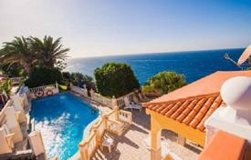 Property for sale in Tenerife. Villa – Callao Salvaje, Canary Islands, Spain