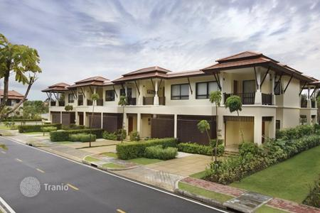 Townhouses for sale in Southeast Asia. Laguna Phuket is located within the greater resort community with 1,000 acres of landscaped parks, calm lagoons, and sparkling beachs