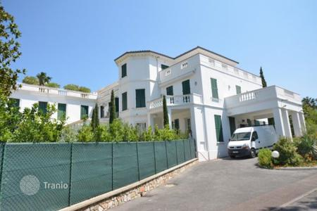 3 bedroom apartments for sale in Côte d'Azur (French Riviera). Apartment - Antibes, Côte d'Azur (French Riviera), France