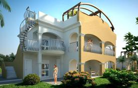 Apartments for sale in Calabria. The apartment has a garden, terrace and panoramic sea views in a residential complex of luxury, just minutes from the beach, in Calabria