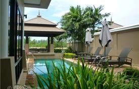 1 bedroom villas and houses to rent in Thailand. Laguna Phuket is located within the greater resort community with 1,000 acres of landscaped parks, calm lagoons, and sparkling beachs