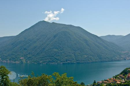 Cheap residential for sale in Lombardy. Apartment – Lake Como, Lombardy, Italy