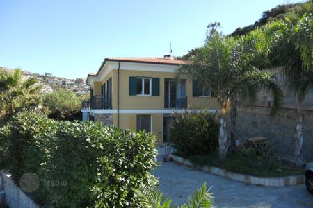 Cheap houses for sale in Italy. New villa with a panoramic sea view, surrounded by a large garden, in a quiet area, Ospedaletti, Italy