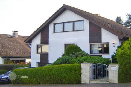 2 bedroom houses for sale in Hessen. Cottage near Frankfurt