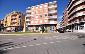 Renovated apartment with a terrace and a view of the beach, 15 meters from the sea, Torrevieja, Spain for 225,000 €