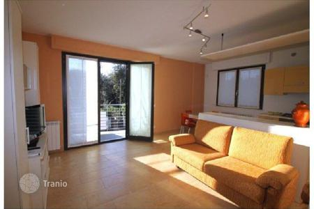 Coastal property for sale in Marina di Pietrasanta. Apartment – Marina di Pietrasanta, Tuscany, Italy